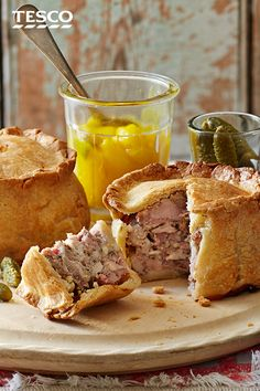 This pork pie recipe is a British classic and is perfect for packing into your picnic basket. | Tesco