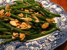 Lynda's Recipe Box: Classic Green Bean Almondine