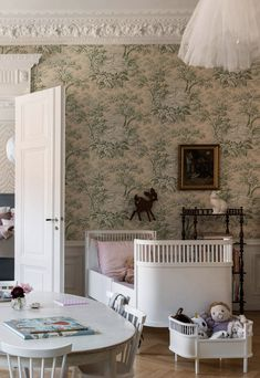 Beautiful turn-of-the-century family apartment with a romantic touch - Paul & Paula Girls Bedroom, Bedroom Decor, Family Apartment, Little Girl Rooms, Kid Spaces, Room Inspiration, Decoration, Kids Room, New Homes