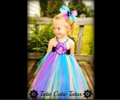 Here's a video tutorial I found on how to make a super cute no-sew tutu dress for little girls! http://www.youtube.com/watch?v=qnxqYLKVJH0