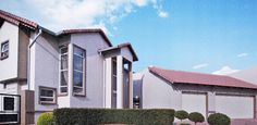 House in The Wilds, Pretoria - East, Gauteng R 3,850,000  For more info: www.myroof.co.za/MR120482  This stunning property with its classy interior and exclusive finishes is situated within the popular Wilds Security Estate.