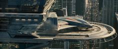 'The Avengers' 'Quinjet' ('The Hulk' escaped in from 'Avengers: Age Of Ultron') was spotted on the set of 'Thor: Ragnarok' Avengers Shield, New Avengers, Age Of Ultron, James Spader Ultron, Avengers Headquarters, Thor Ragnarok Movie, Die Rächer, Iron Man Armor, Sci Fi Comics