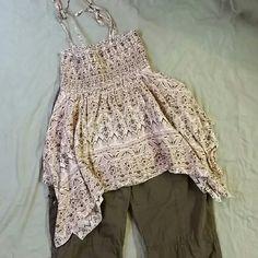 L.e.i. hanker chief top 100% cotton top with spaghetti straps tied at the shoulders. Bohemian L.e.i. Tops