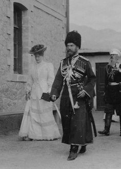 "memory-of-the-romanovs: """" Nicholas II and his wife Alexandra Feodorovna [original source] "" "" Tsar Nicolas, Familia Romanov, Romanov Sisters, House Of Romanov, Grand Duchess Olga, Alexandra Feodorovna, Russian Revolution, Imperial Russia, Historical Pictures"