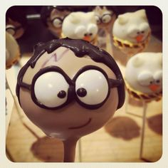 Look who became a Lil' Cutie Pop! Harry Potter & Hedwig! #cakepops