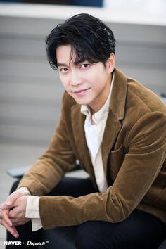 Most beautiful man in the world! Lee Seung Gi, Lee Jong Suk, Jang Keun Suk, Mr Kang, Handsome Korean Actors, In The Air Tonight, Choi Jin, Netflix, Kdrama Actors