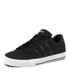Shop Daily Black/White by Adidas Neo. Women's & men's shoes with of styles to choose from. Adidas White Casual Shoes, Casual Sneakers, Adidas Sneakers, Adidas Neo, Black And White Man, Sporty Chic, Men's Shoes, Luigi, Shopping