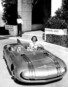A 1956 Pontiac Dream Car, Club de Mer