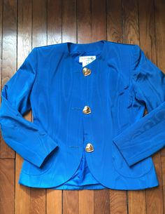 reserved don't buy Yves Saint Laurent electric blue