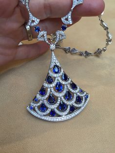 The magnificent Bulagri Diva's Dream necklace in sapphire and diamonds is testament to the style that Bulgari has had throughout the ages. With shapes that Bvlgari uses throughout its high jewellery collections, you can always see the brand shine through. Discover the rich fashion history: http://www.thejewelleryeditor.com/jewellery/bulgari-history-of-style-celebrities-iconic-design/ #jewelry
