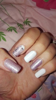 White and rose glitter nails
