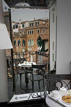 Hotel Palazzina Grassi   Venice, Italy