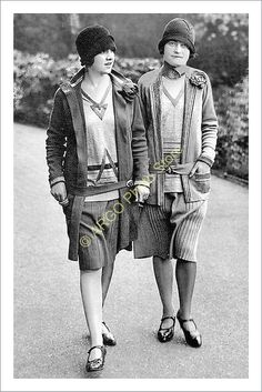P503 1920s Fashion Photo Chanel Suit Flapper Girl Cloche Hat Woolen Woollen Dres | eBay