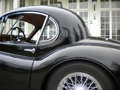 Jaguar XK120 Drophead Coupe. A true masterpiece!
