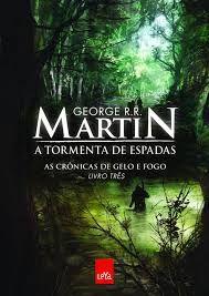 O terceiro livro da épica saga de Martin é um dos grandes ápices da história. Ás vezes, em uma guerra, uma caneta - ou uma pena - vale mais do que mil ou dez mil espadas!