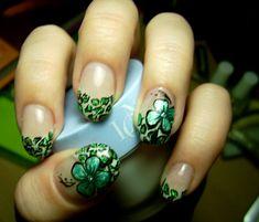 General : Natural French Nail Art Design with Greeny Flower Motif Peacock Nail Designs, Peacock Nail Art, Feather Nail Art, Beach Nail Designs, Green Nail Designs, Simple Nail Designs, Nail Art Designs, Lip Designs, Green Nail Art