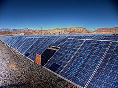 Kyocera Announces Plan for Japan's Largest Solar Farm Solar Power Panels, Solar Panels For Home, Most Efficient Solar Panels, Residential Solar Panels, Solar Panel Technology, Alternative Energy, Natural Resources, Global Warming, Go Green