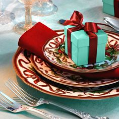 tiffany christmas table | Lay a gracious table this holiday with Tiffany tabletop. # ...