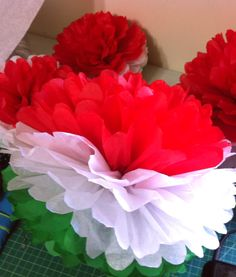 Italian  Party pom pom decoration                                                                                                                                                     More