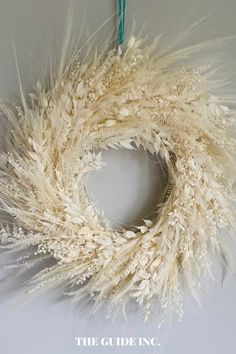 Wow, I have never seen so many gorgeous Christmas wreaths in my life. There are so many gorgeous Christmas wreath ideas filled into this post I loved it! Christmas Wreaths For Windows, Christmas Decorations For The Home, Diy Christmas, Fresh Wreath, Dried Flower Wreaths, Wreath Ideas, Honey, Decor Ideas, Shop