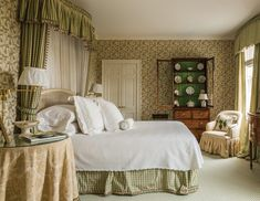 Traditional Interiors By Leta Austin Foster - The Glam Pad