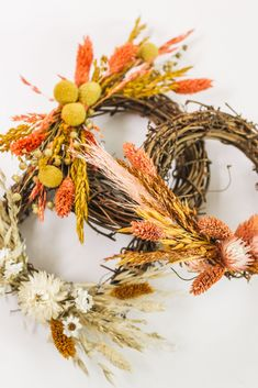 Create simple mini dried flower wreaths for your fall decor with affordable dried flowers from Afloral.com. #wreaths #diywreath #falldecor Dried Flower Wreaths, Fall Wreaths, Dried Flowers, Faux Flowers, Silk Flowers, Diy Wreath, Grapevine Wreath, Artificial Flowers And Plants, Valentine Day Boxes