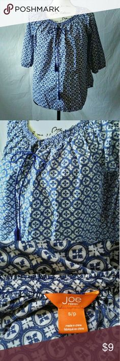 Joe Fresh Blue Tassel Oversized Tunic Style Top S Navy & white print design, Oversized Joe Fresh Tunic style top features a Bunched scoop neck, adorned with tying tassel.   Perfect for a day on the boat or the beach!   Excellent condition, Worn once.   *Tag reads Small, but this is definitely closer to a medium * Joe Fresh Tops
