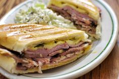 Florida: Sandwich Cubano US State Foods Croissant Sandwich, Grill Sandwich, Subway Sandwich, Sandwich Cubano, Roast Beef Sandwich, Big Sandwich, Comida Latina, Cuban Bread, Gratin