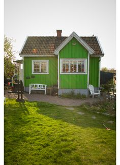 I would like to have a little green house, with a little garden.