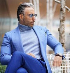 casual for men Mode Masculine, Moda Formal, Designer Suits For Men, Stylish Mens Outfits, Simple Outfits, Mens Fashion Suits, Best Mens Fashion, Well Dressed Men, Gentleman Style