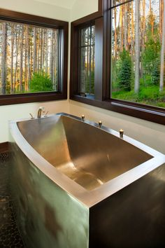 Stainless Steel Contemporary Oval Bath with Mid Contoured Bottom