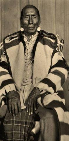 Many Chiefs - Blackfoot - 1927