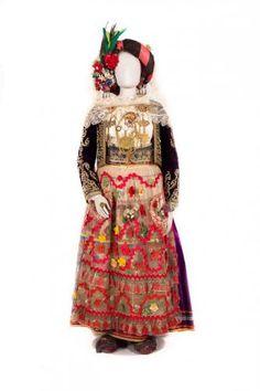 Νυφική φορεσιά Από τη Λευκίμη Κέρκυρας Greek Traditional Dress, Greek Costumes, Corfu Greece, Folk Fashion, Folk Costume, Inspiration, Clothes, Image, Kleding