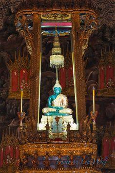 พระพุทธมหามณีรัตนปฎิมากร [พระแก้วมรกต] วัดพระศรีรัตนศาสดาราม กรุงเทพมหานคร