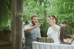 Rustic wedding ideas from @offbeatbride