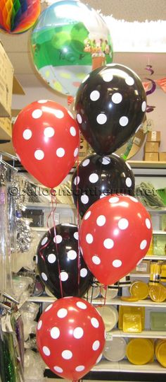 DISNEY MICKEY AND MINNIE MOUSE POLKA DOT BALLOON BOUQUET #65 http://balloonsontherun.net/balloon_bouquets#