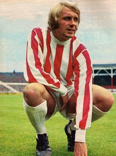 July toke City inside forward Jimmy Greenhoff, at the Victoria Ground. Football Shirts, Football Players, Stoke City Fc, Manchester United Legends, Soccer World, Striped Jersey, Stoke On Trent, World Star, Red Stripes