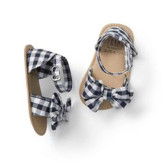 Gap Baby Gingham Bow Sandals Black and White GinghamWe believe every action for your own personal baby girl ought to be filled with entertaining. To get some inspiration our baby girls shoes are useful, cozy and vivid.the most adorable baby girl shoe Cute Baby Shoes, Baby Girl Shoes, My Baby Girl, Girls Shoes, Baby Girl Sandals, Baby Shoes For Girls, Baby Baby, Little Girl Shoes, Baby Outfits