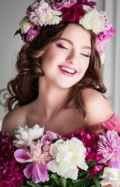 Healthy living at home sacramento california jobs opportunities Girl Photo Poses, Girl Photos, Floral Headdress, Mode Glamour, Girls With Flowers, Beautiful Girl Image, Floral Hair, Girls Image, Flower Fashion