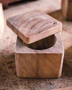 Wood Projects A Cellar of Salt love this. - A couple crafts wood boards, bowls, and platters Small Woodworking Projects, Small Wood Projects, Woodworking Techniques, Woodworking Wood, Diy Projects, Project Ideas, Cnc Wood, Woodworking Magazine, Woodworking Workshop