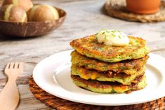 These Zucchini Cheesy Corn Fritters and Pancakes are delicious healthy low fat recipes packed full of veggie goodness. They're quick, easy and very inexpensive. Corn Fritter Recipes, Vegetable Recipes, Vegetarian Recipes, Cooking Recipes, Healthy Recipes, Zucchini Health Benefits, Zucchini Corn Fritters, Zucchini Pancakes, Tasty