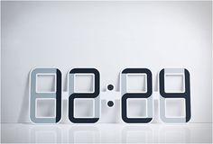 ClockONE is a 4mm thin digital clock. And it comes in fun colors! #design