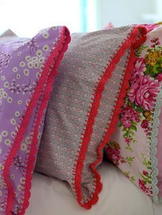 fabric pillows with crochet edge