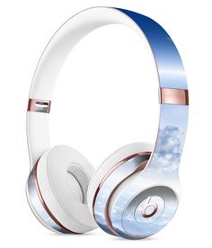 Vivid Blue Reflective Clouds on the Horizon Full-Body Skin Kit for the Beats by Dre Solo 3 Wireless Headphones