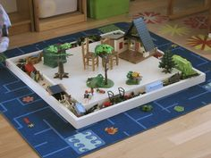 "Tutorial for making a playmobil ""table"" with gutter. Could be great for other small playsets too, lego and other"