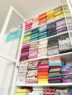 Quilting Room, Quilts, Color, Quilt Sets, Colour, Log Cabin Quilts, Sewing Studio, Quilting, Quilt