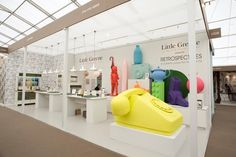Pop Up Shop Design / Retail Design / Semi Permanent Retail Fixtures / VM / Retail Dsplay / Little Greene at Decorex 2011