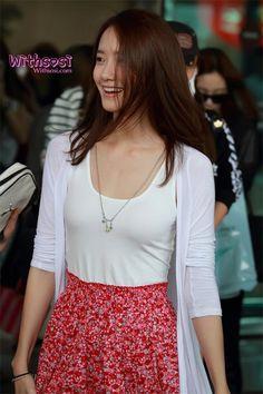 120710 YoonA @ Gimpo Airport