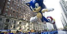 Guy Dressed Sonic the Hedgehog Costume Fooling with Cops
