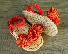 Cotone Shabby Chic uncinetto Baby sandali, scarpe ragazza bambino, scarpe bambino Coral, estate sandali fiore, foto Prop, Taglia 0-3 mesi, pronto per la spedizione